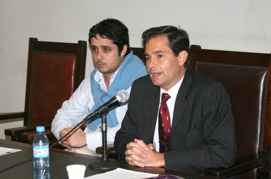 Leandro Martínez y Pablo L. Manili