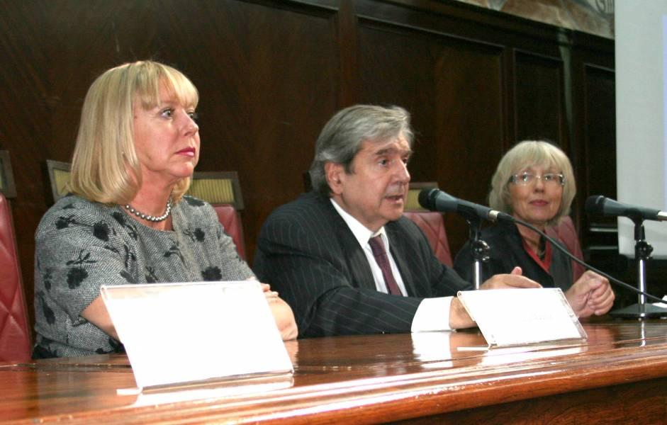 Graciela Medina, Alberto Bueres y Françoise Moneger
