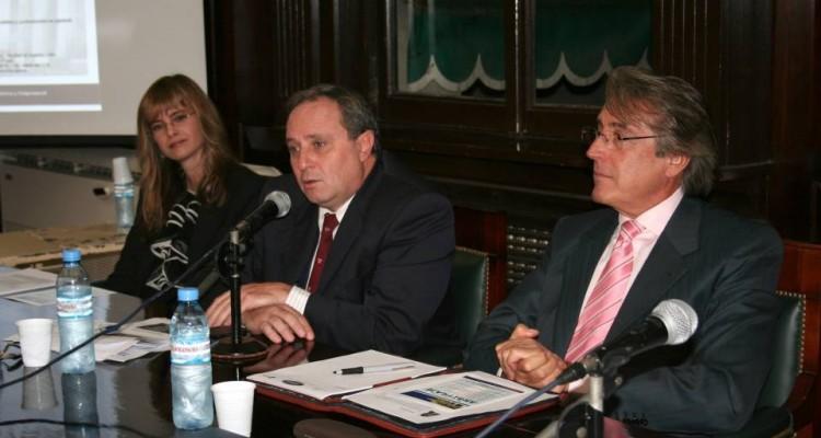 Nicole Duclos, Roque J. Caivano y Daniel R. Vítolo
