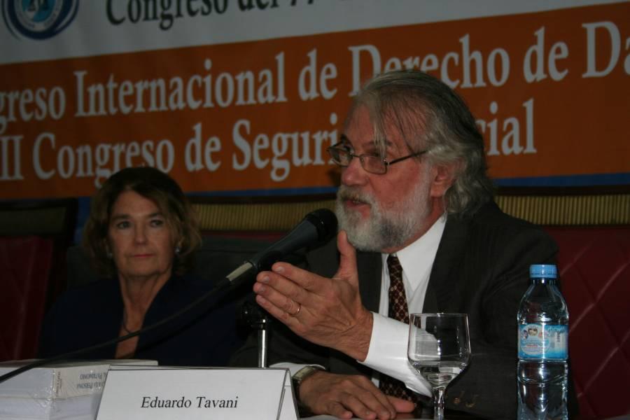 Elena Highton de Nolasco y Eduardo Tavani