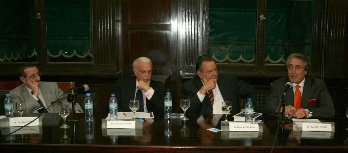 Luis D. Crovi, Julio César Rivera, Eduardo Zannoni y Daniel R. Vítolo