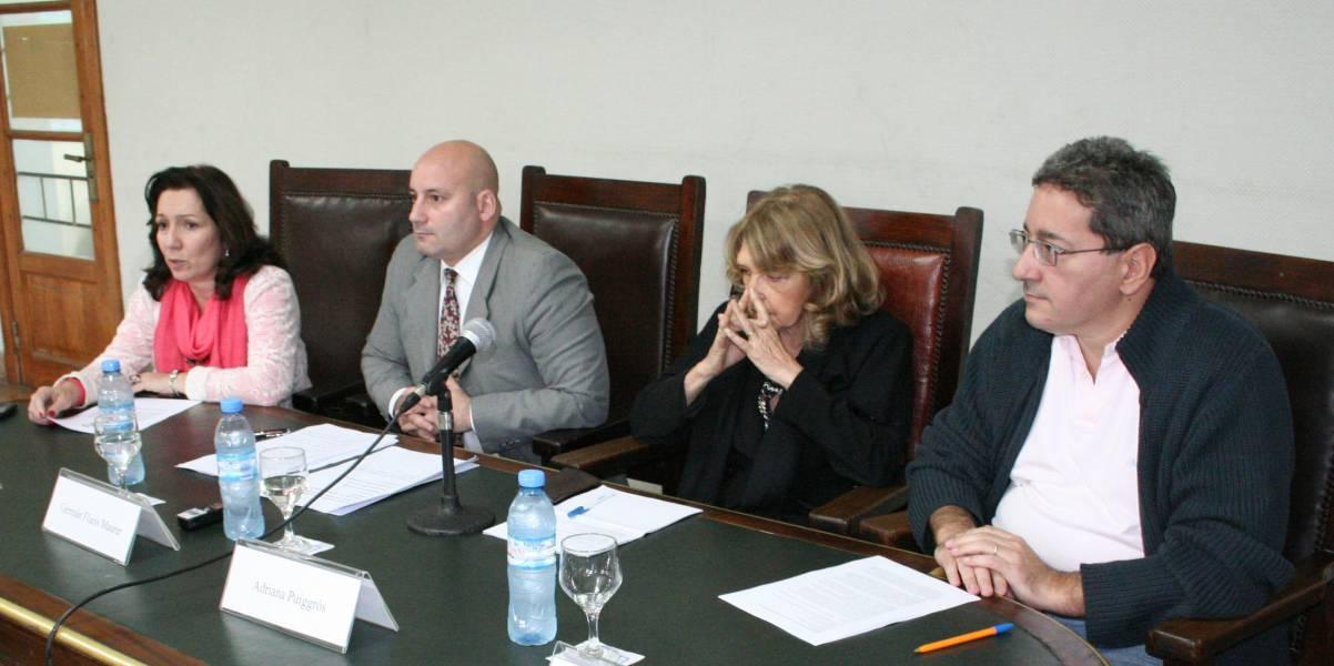 Cristina Caamaño, Germán Fliess Maurer, Adriana Puiggrós y Sergio Delgado