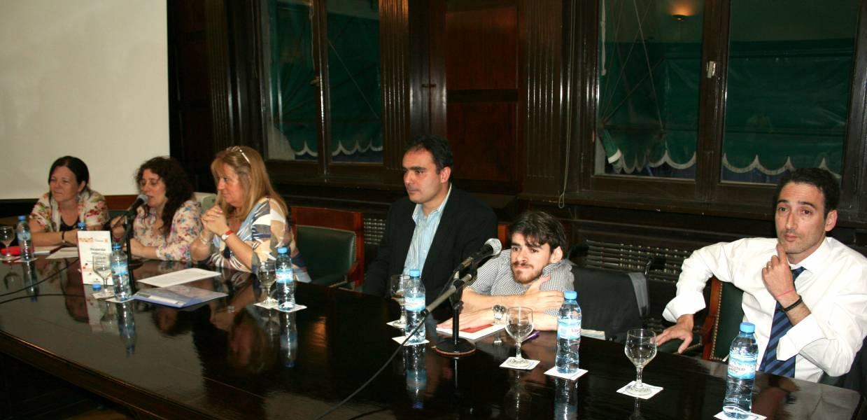 Susana Underwood, Verónica Rusler, Silvia Balzano, Juan Antonio Seda, Franco Rinaldi y Leandro Halperín