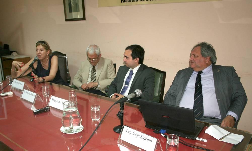 Lidia M. R. Garrido Cordobera, Horacio Piombo, Juan Ignacio Cruz y Jorge Sidelnik