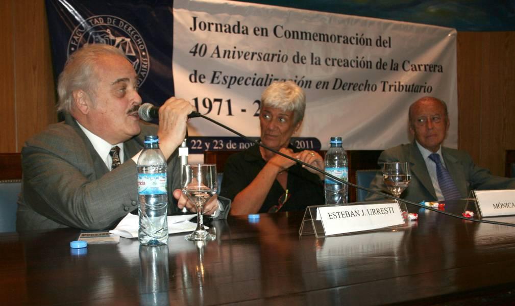 Esteban J. Urresti, Mónica Pinto y Horacio García Belsunce