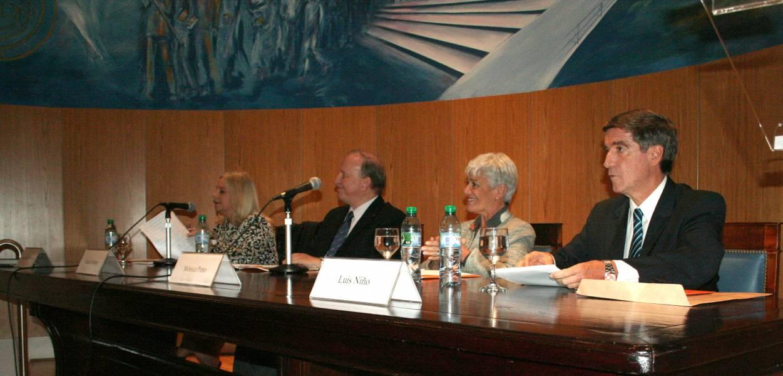 Noemí Goldsztern de Rempel, Daniel Sabsay, Mónica Pinto y Luis Niño