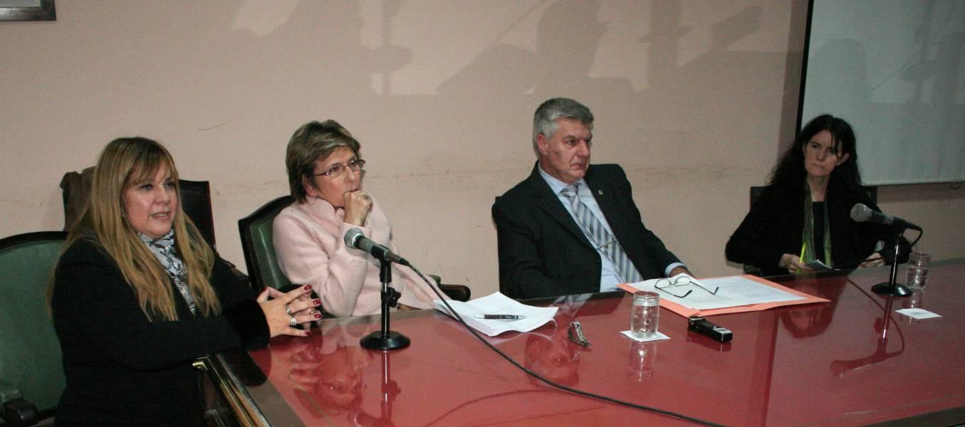Marisa Aizenberg, Susana Cayuso, Francisco Brischetto y Laura Clérico