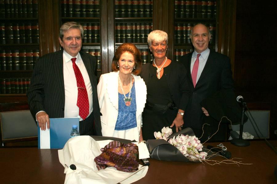 Alberto J. Bueres, Elena Highton de Nolasco, Mónica Pinto y Ricardo L. Lorenzetti