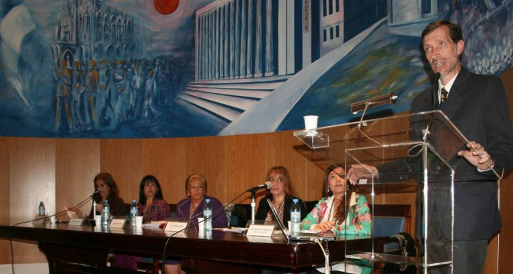 Mónica Pezzoni, Adriana Romero, Graciela Güidi, Cinthia Cortés, Karina M. Barreiro y Gabriel Noriega