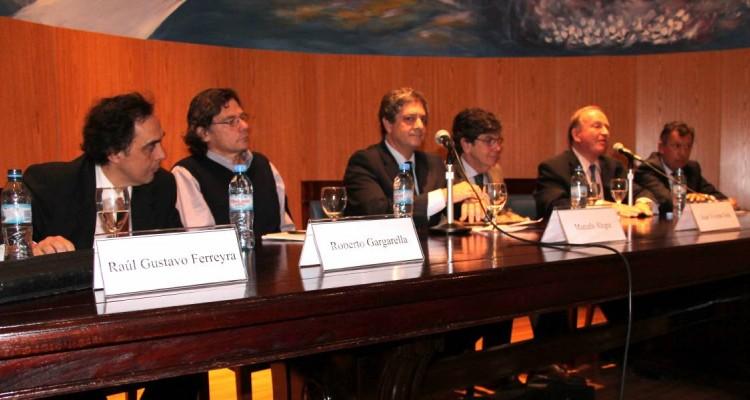 Raúl Gustavo Ferreyra, Roberto Gargarella, Marcelo Alegre, Juan Vicente Sola, Daniel Sabsay y Alberto R. Dalla Via