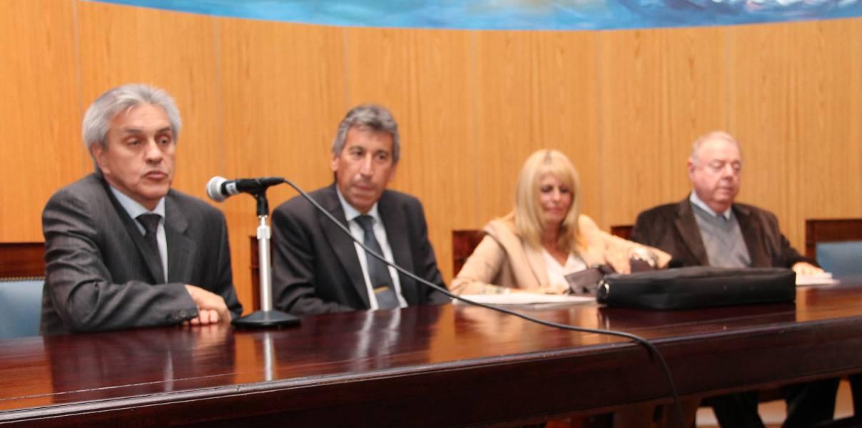 Osvaldo A. Gonzaíni, Jorge A. Rojas, Silvia Guahnon y Mario Kaminker