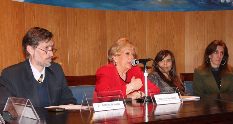 Gabriel Noriega, Graciela Güidi, Karina Barreiro y Mónica Pezzoni