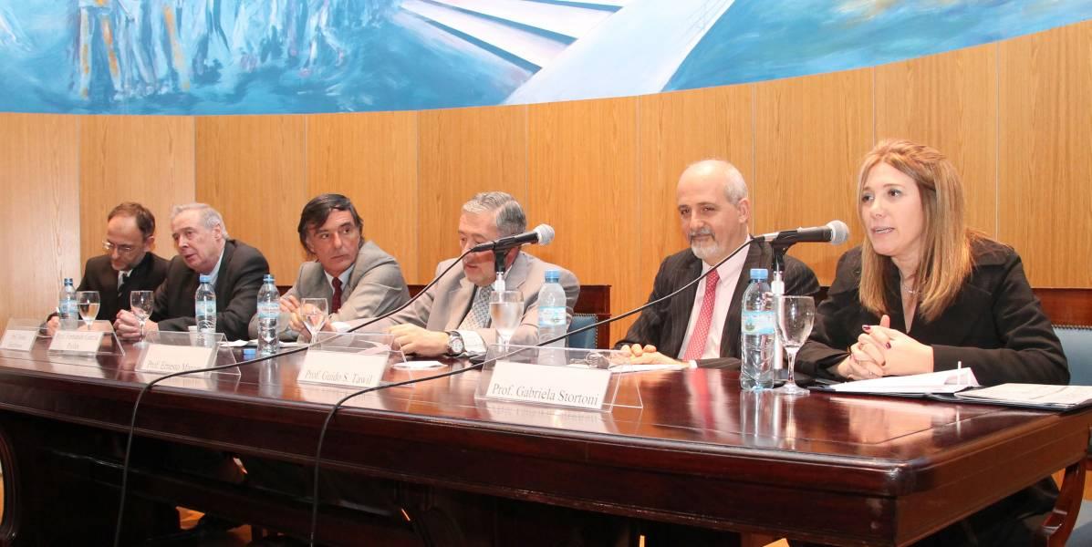 Carlos F. Balbín, Tomás Hutchinson, Fernando García Pullés, Ernesto Marcer, Guido S. Tawil y Gabriela Stortoni