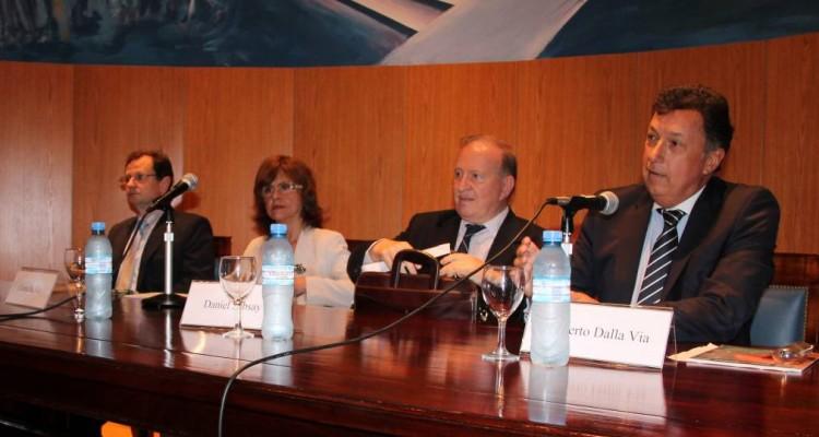 Alejandro Tuzio, Liliana De Riz, Daniel Sabsay y Alberto Dalla Via