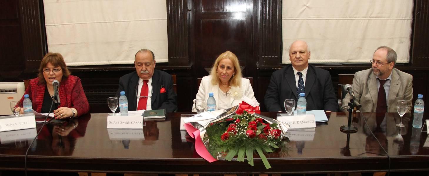 Gladys V. Vidal, José Osvaldo Casás, Catalina García Vizcaíno, Jorge Damarco y Gustavo Naveira de Casanova