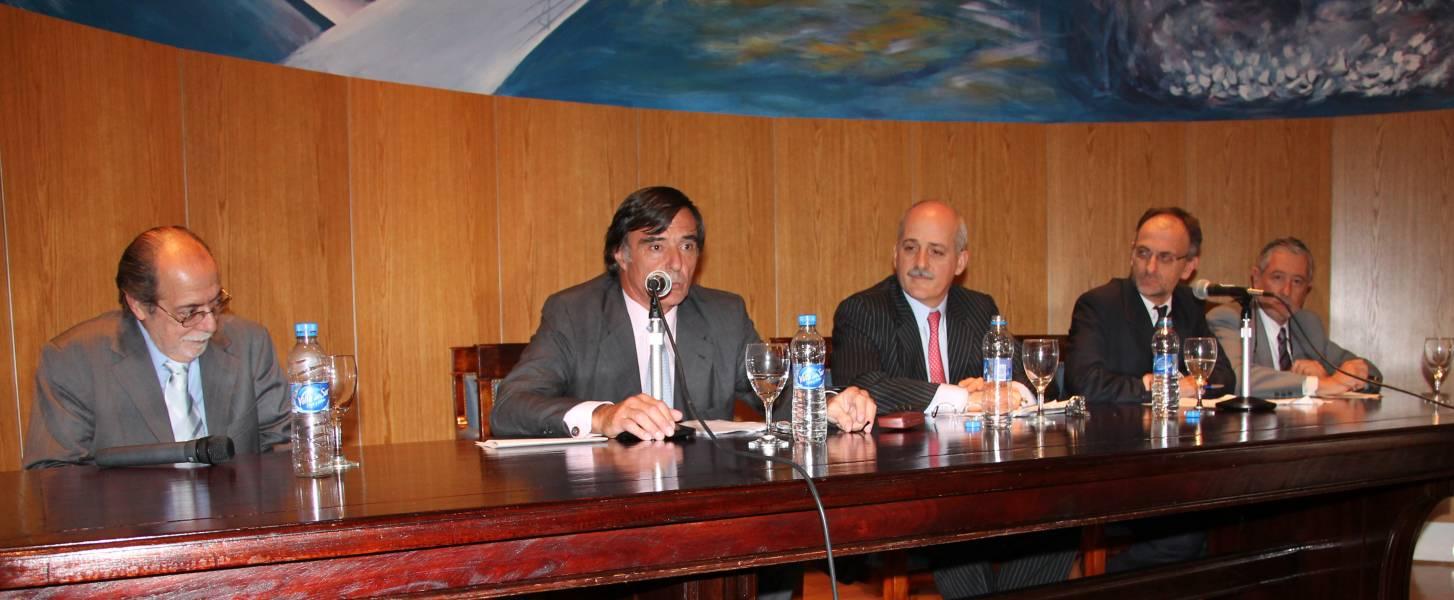 José Francisco García Mira, Fernando García Pullés, Guido S. Tawil, Carlos F. Balbín y Ernesto A. Marcer