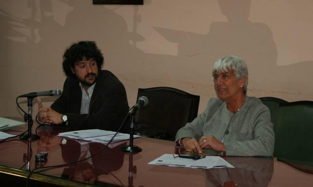 Emiliano J. Buis y Mónica Pinto