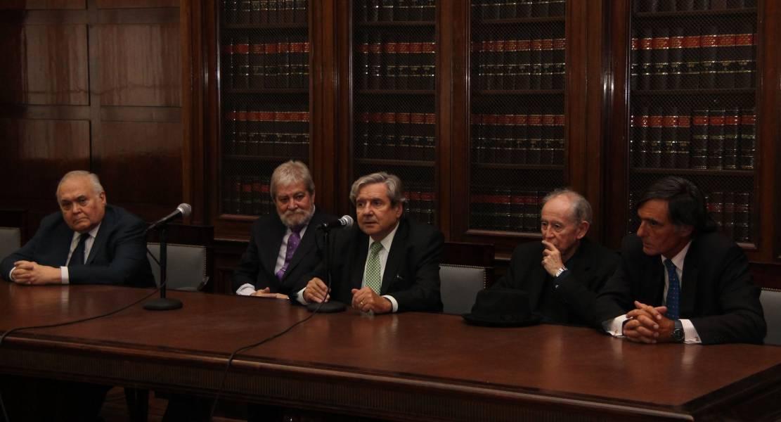 Agustín Gordillo, Gregorio Flax, Alberto Bueres, Jorge Fernández Ruiz y Fernando García Pullés