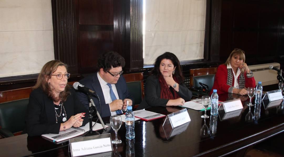 Irma Adriana García Netto, Cosimo Cascione, Carla Masi Doria y Cristina Filippi de Ghirardi