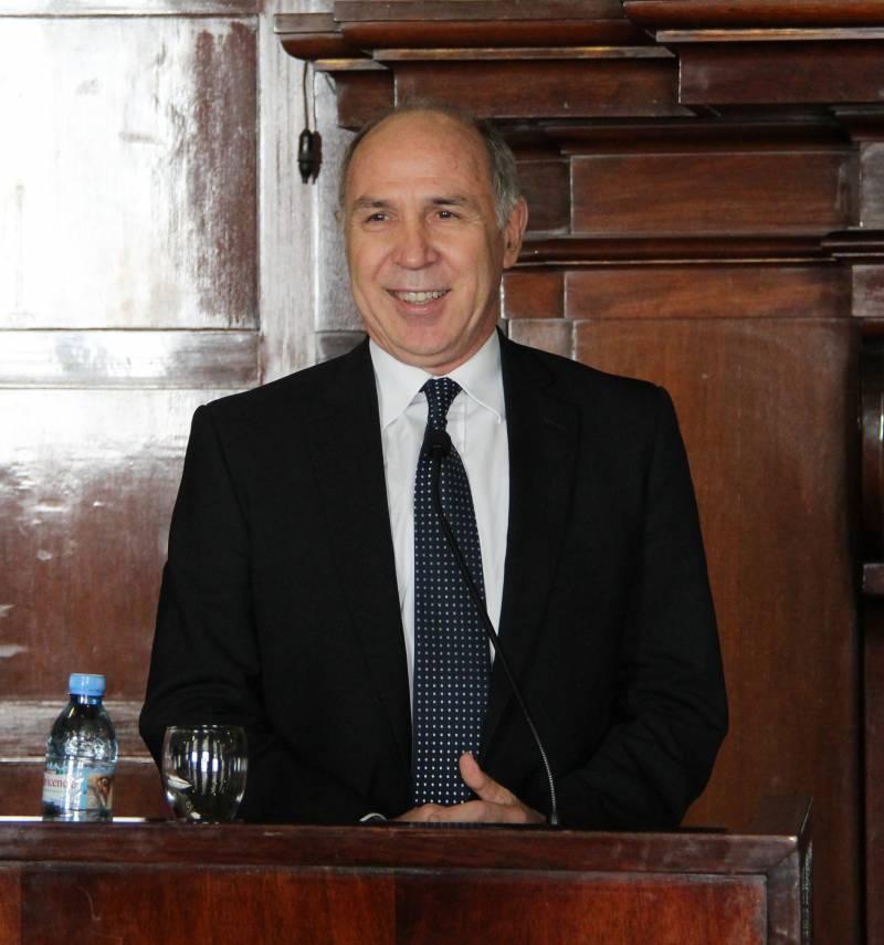 Ricardo L. Lorenzetti