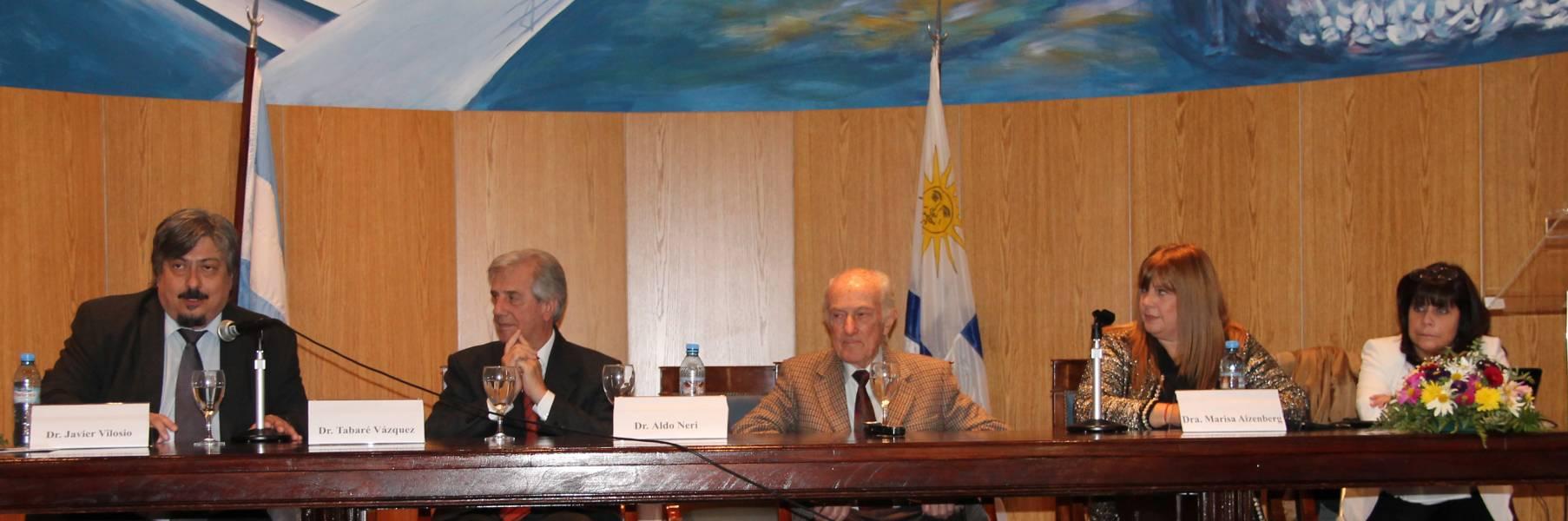 Javier Vilosio, Tabaré Vázquez, Aldo Neri, Marisa Aizenberg y María Susana Ciruzzi