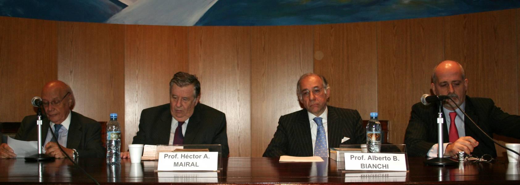 Juan Carlos Cassagne, Héctor A. Mairal, Alberto B. Bianchi y Guido S. Tawil