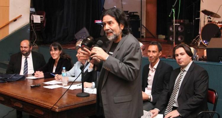 El director del Departamento de Ciencias Sociales, profesor Ricardo Rabinovich-Berkman, expresó unas palabras previo a la mesa redonda y el concierto.