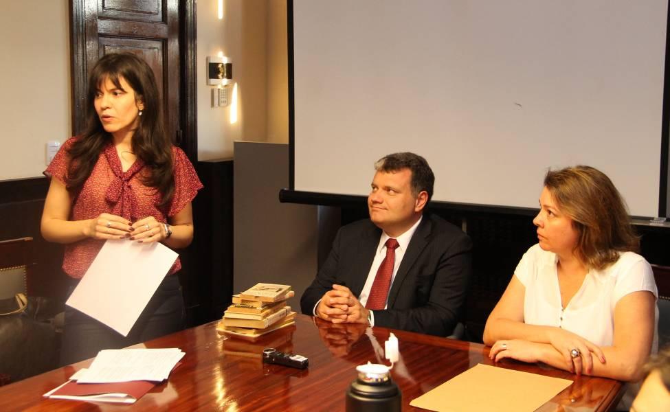 Luciana B. Scotti, Renato Vedovato y Renata Alvares Gaspar