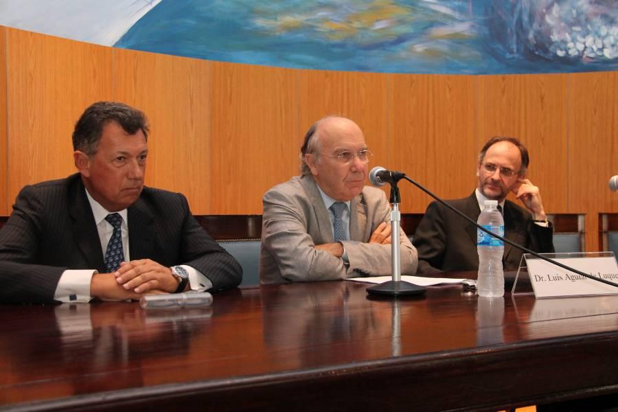 Alberto R. Dalla Via, Luis Aguiar de Luque y Carlos F. Balbín