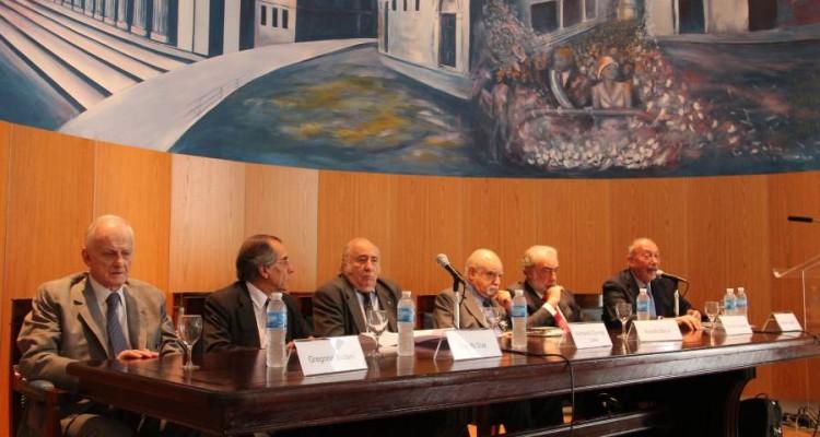 Gregorio Badeni, Rodolfo Díaz, Humberto Quiroga Lavié, Rodolfo Barra, Eduardo Barcesat y Néstor Sagüés
