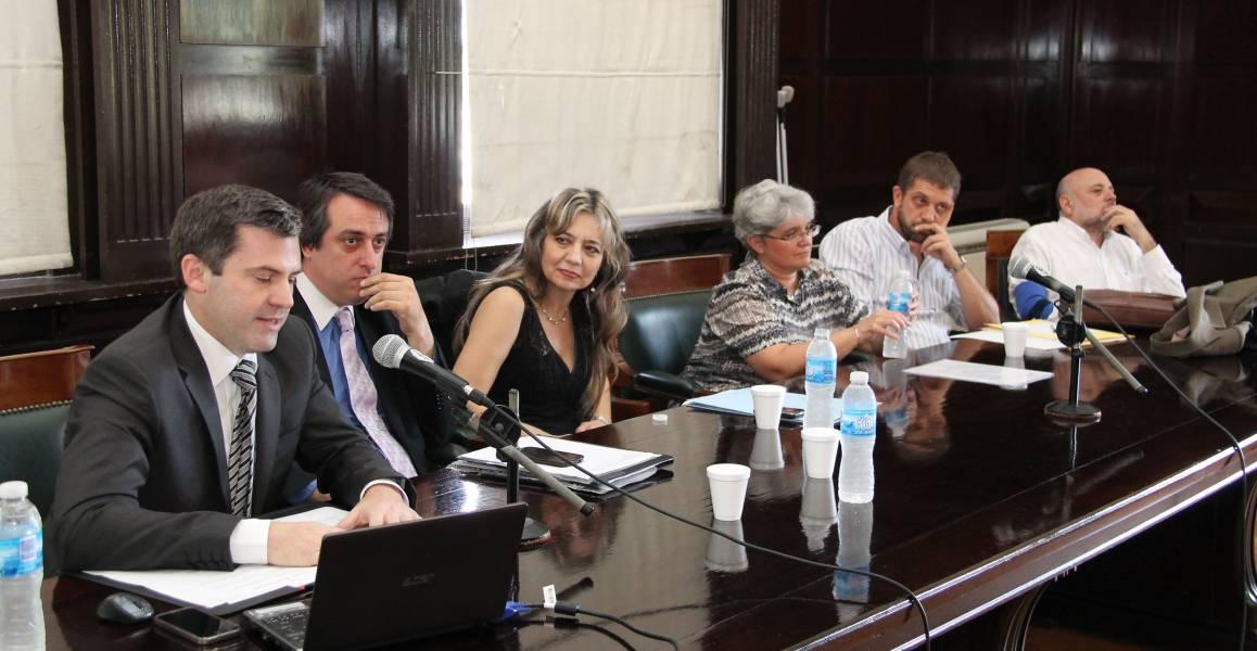 Javier Cornejo, Diego Alonso, Virginia Badino, Andrea Pérez, Mariano Fernández y Gustavo Saa