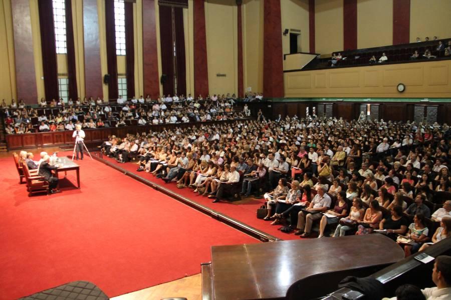 Gran participación de los graduados en el curso de perfeccionamiento sobre el nuevo Código Civil y Comercial