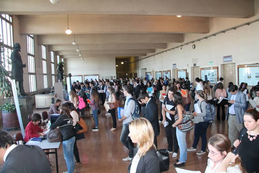 La Facultad organizó la VI Feria de Empleos para estudiantes y graduados