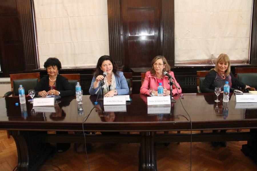 Dora Barrancos, Carla Masi Doria, Irma Adriana García Netto y Cristina Filippi