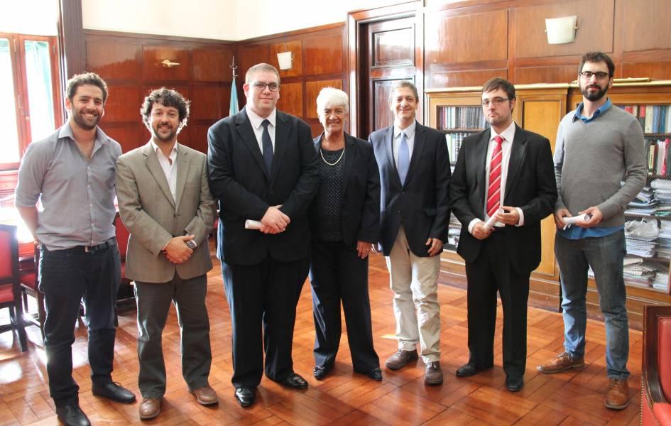 Nahuel Maisley, Emiliano J. Buis, Carlos Garaventa, Mónica Pinto, Marcelo Alegre, Leandro Días y Tomás Pomar