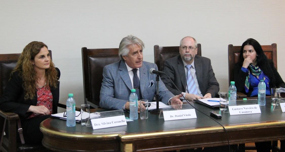 Silvia E. Coronello, Daniel R. Vítolo, Gustavo Naveira de Casanova y Anahí F. Pérez