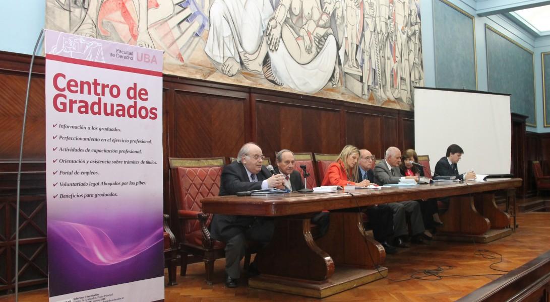 Oscar J. Ameal, Jorge Lavalle Cobo, María Julia Fornari, Manuel Cobas, José Tobías, Magdalena Giavarino y Nicolás Lafferriere