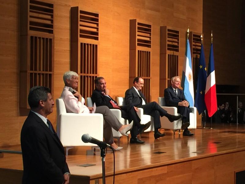 La Decana Mónica Pinto participó de un encuentro junto al Presidente de Francia, François Hollande