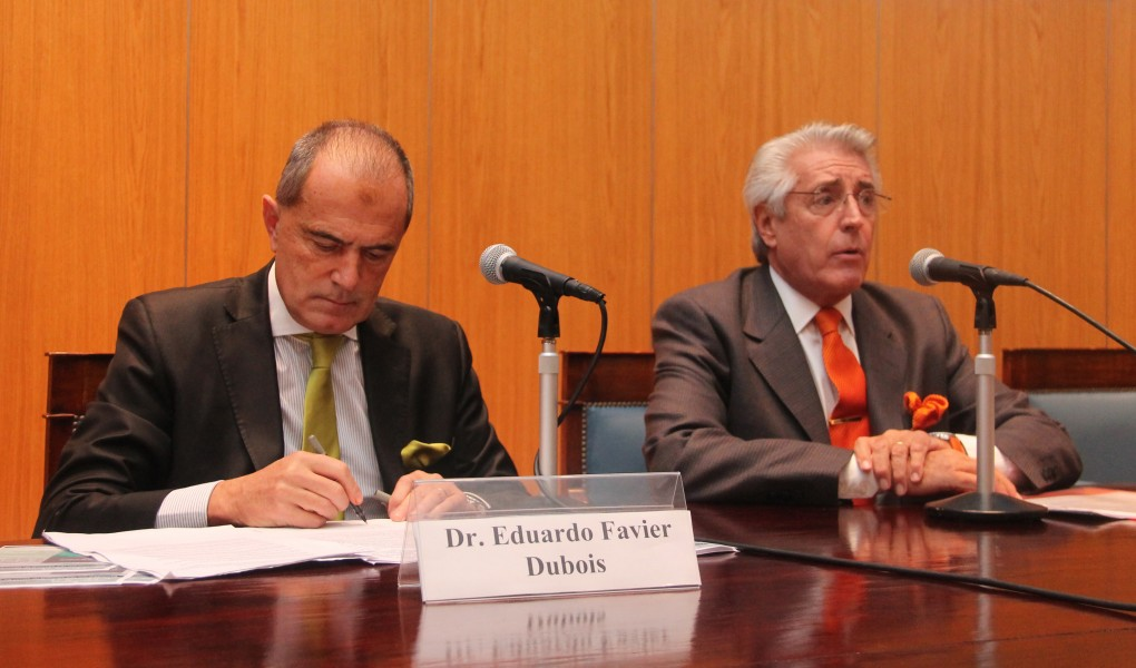 Eduardo M. Favier Dubois (h) y Daniel R. Vítolo