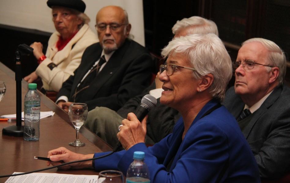 Hebe Leonardi de Herbón, Horacio Sanguinetti, Luis Alberto Romero, Tulio Ortiz y Mónica Pinto