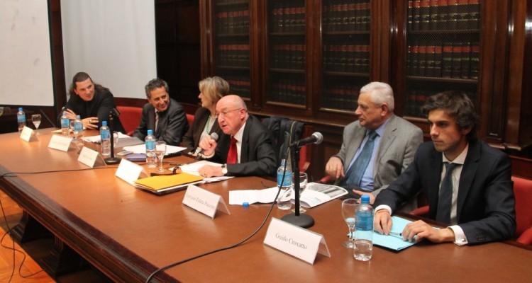 Guillermo Moro, Renato Rabbi-Baldi Cabanillas, Isabel Novosad, Robert Alexy, Enrique Zuleta Puceiro y Guido L. Croxatto