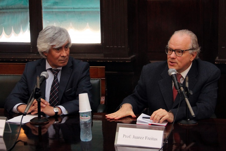 Orlando J. Moreno y Juarez Freitas