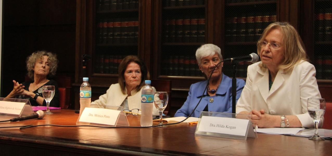 Alicia Ruiz, Elena Highton de Nolasco, Mónica Pinto e Hilda Kogan