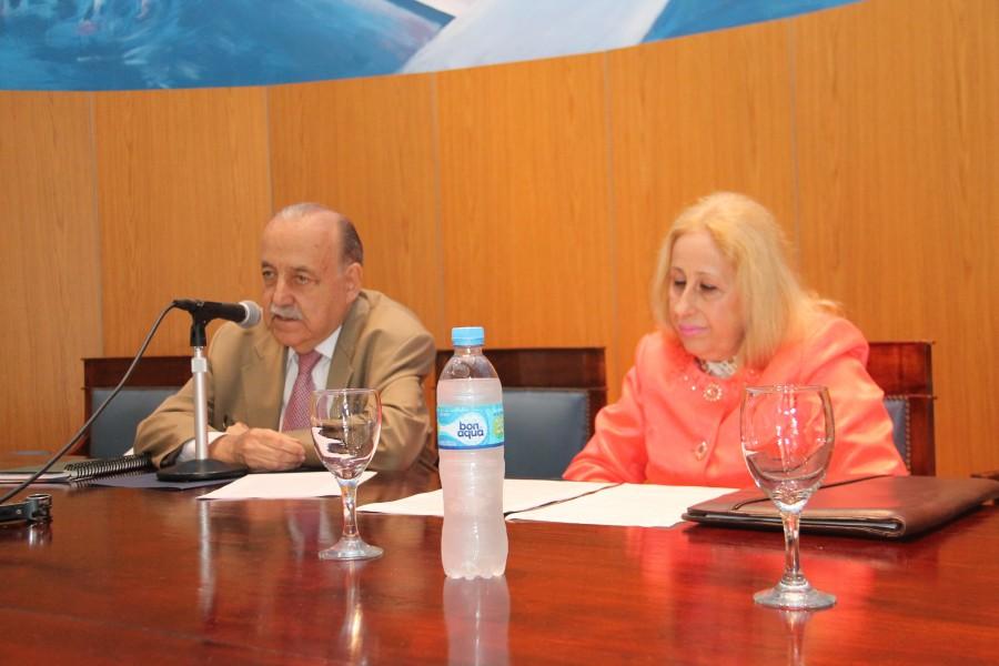 José O. Casás y Catalina García Vizcaíno