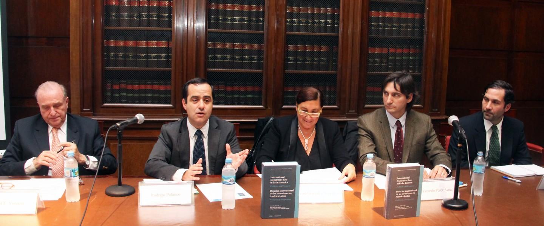 Raúl E. Vinuesa y Rodrigo Polanco, Silvina Gonzalez Napolitano, Facundo Pérez Aznar y Francisco Leturia
