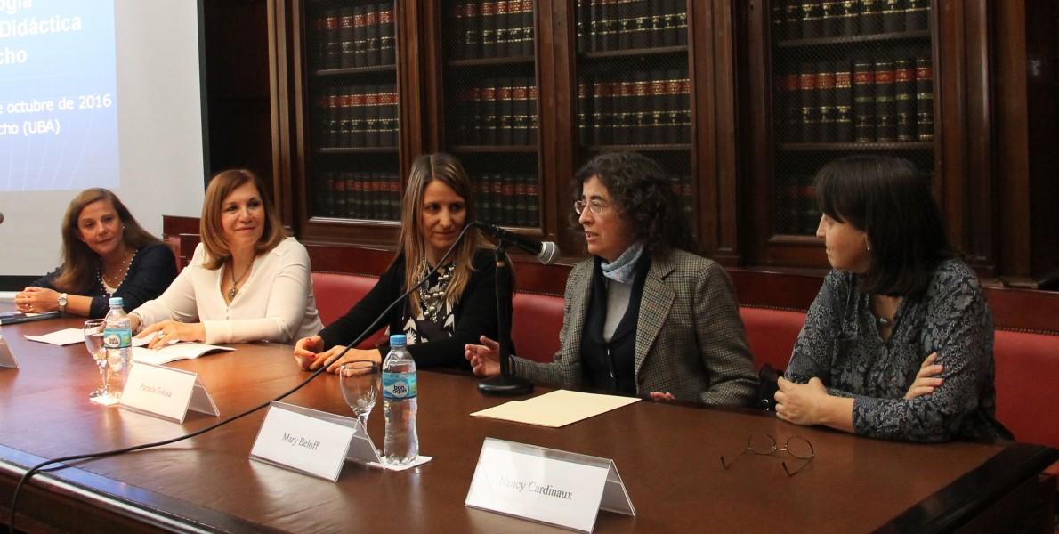 Rita Gajate, Adela Seguí, Pamela Tolosa, Mary Beloff y Nancy Cardinaux