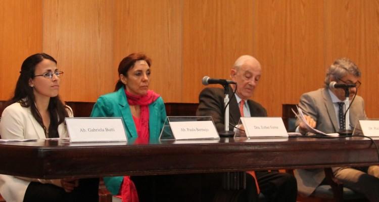 Gabriela Butti, Paula Bermejo, Esther Ferrer de Fernández, Raúl Etcheverry, Leandro Vergara y Sergio Bregliano