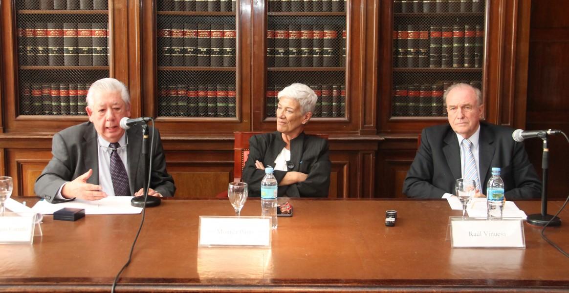 Edmundo Vargas Carreño, Mónica Pinto y Raúl Vinuesa