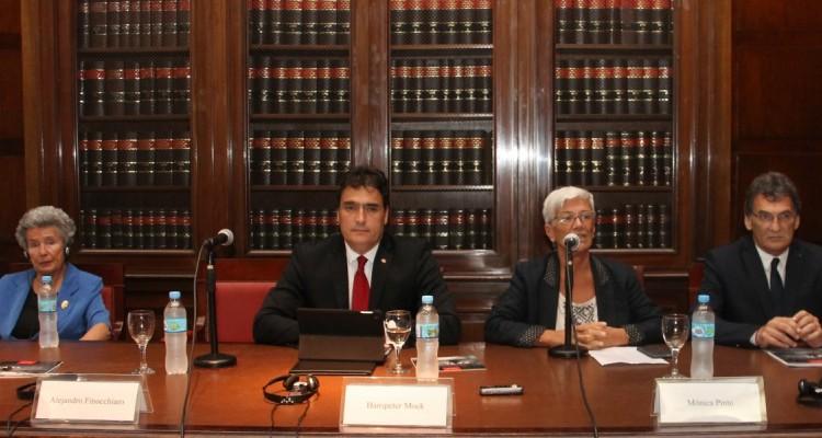Agnes Hirschi, Hanspeter Mock, Mónica Pinto y Claudio Avruj