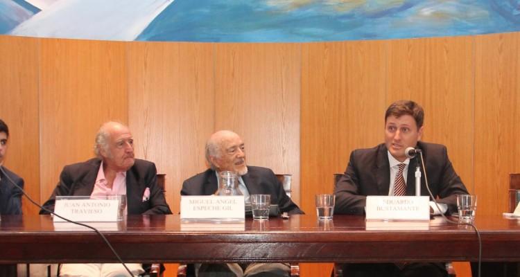 German C. Campi, Juan A. Travieso, Miguel Ángel Espeche Gil, Eduardo Bustamante y Elsa M. Álvarez Rúa